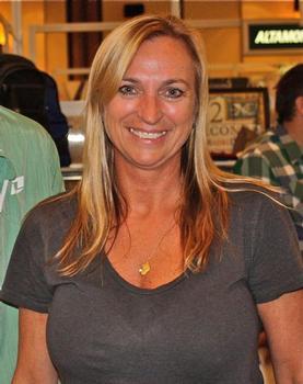 Vicki Redding of the La Jolla Group. Shop-eat-surf file photo.