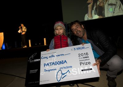 Gabe Davies (Patagonia Surf Manager Europe) with his son