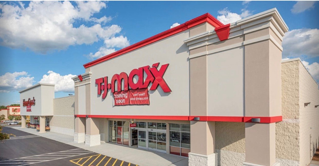 TJX CEO Shares Outlook for Apparel Sales in 2021