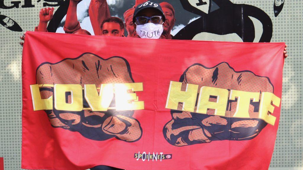 LOVE HATE A