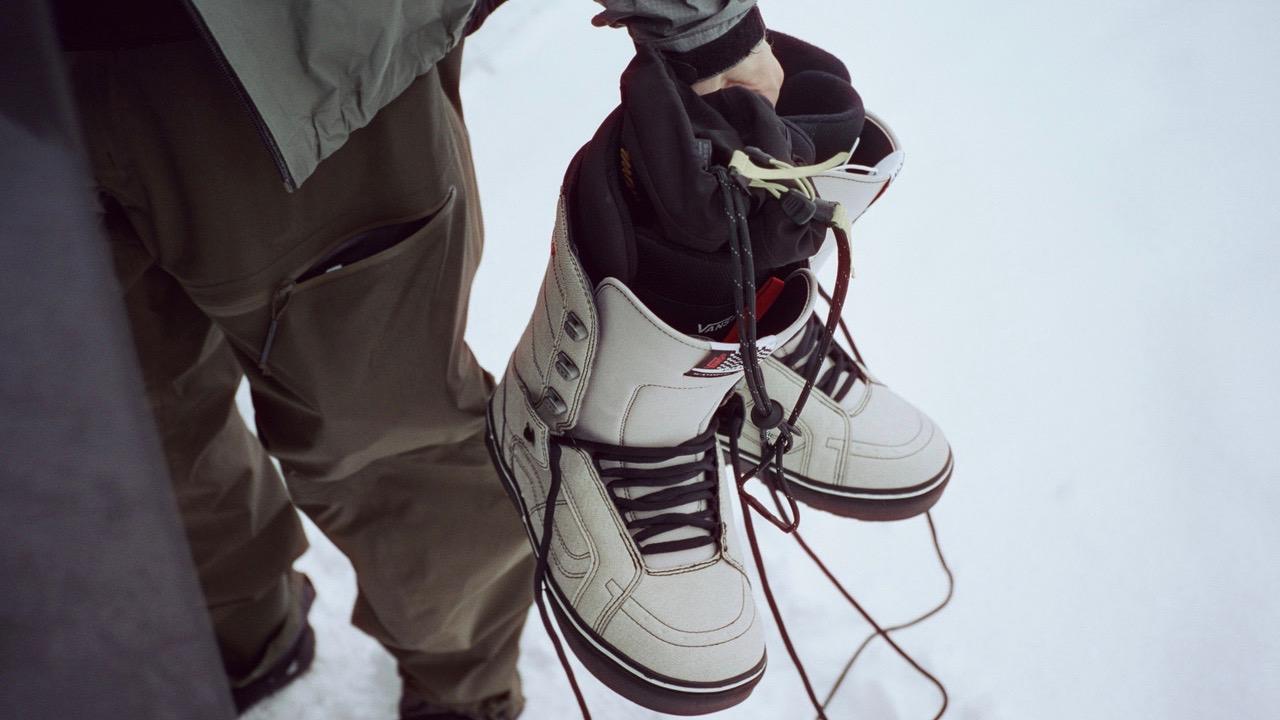 FA20 Snow HiStandardOG VN0A3TFJ0BS JakeKuzyk MBBlk Elv 09