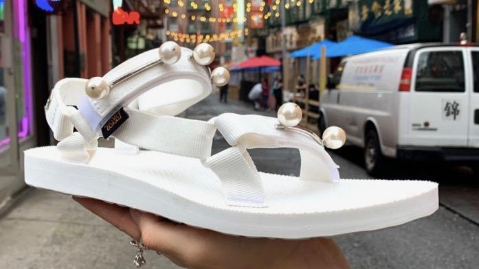 Chrishabana White Sandal Chinatown lo