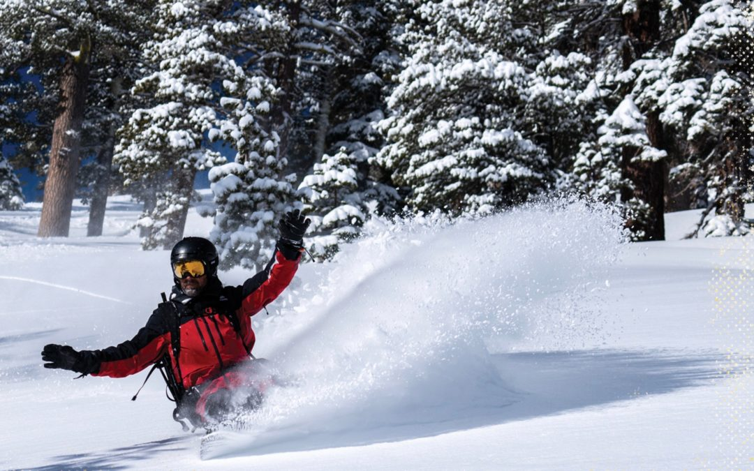 ET SP21 International Snow Team Riders Action Shot Jones 300DPI