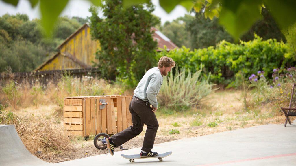 Busenitz15Year Photos Skatepark Pushing01Gaberman