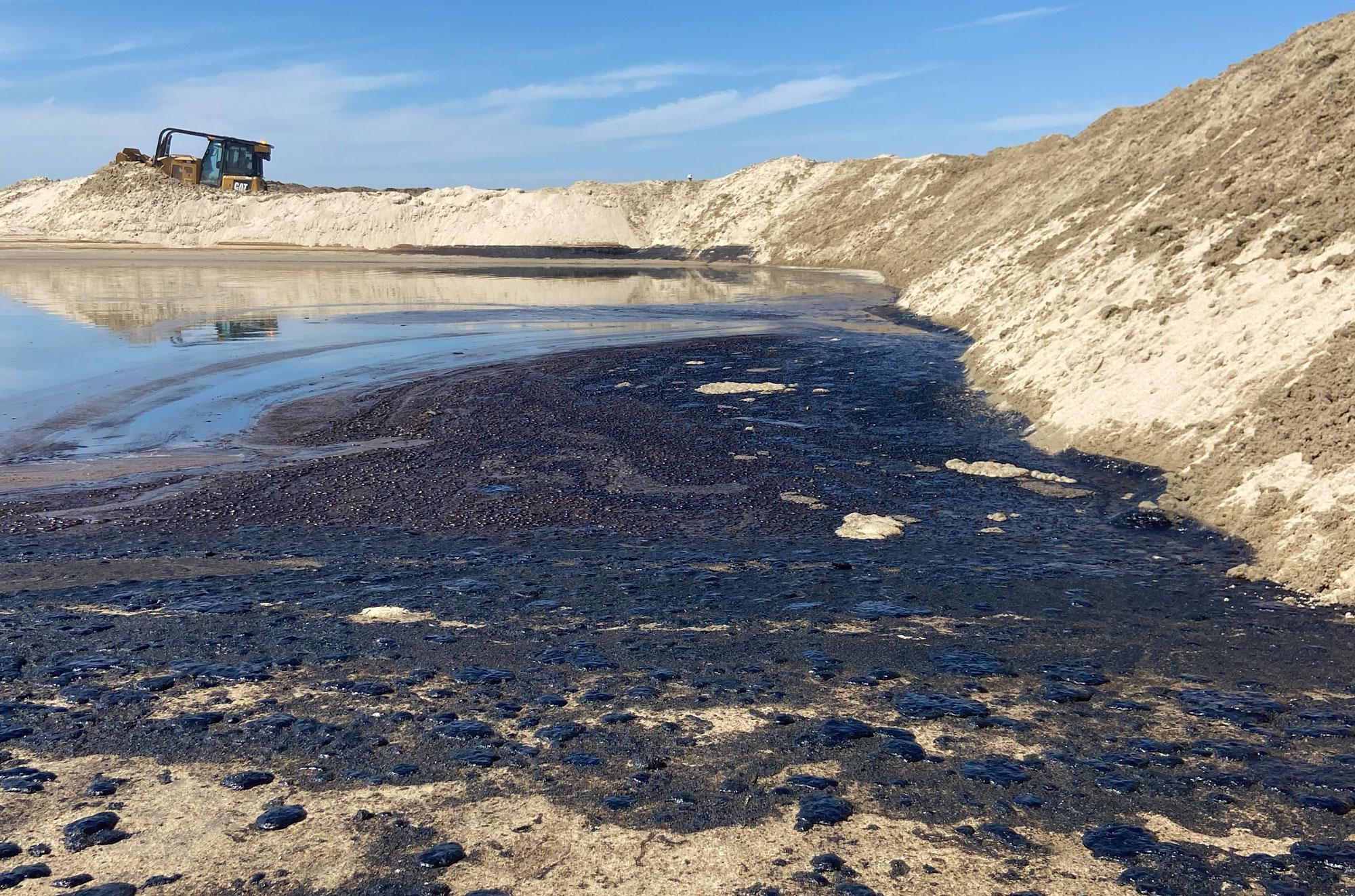 OC Oil Spill credit Jax Richards @jax6street